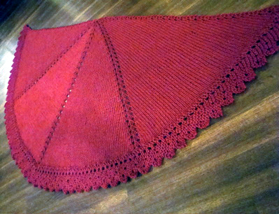 TRIANGLE SHAWL CROCHET PATTERN | FREE PATTERNS